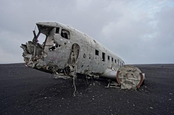 Altes Flugzeugwrack