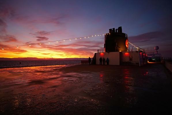 Sonnenaufgang auf der Hurtigruten