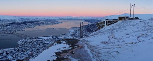 Mittagszeit in Tromsø Anfang Januar