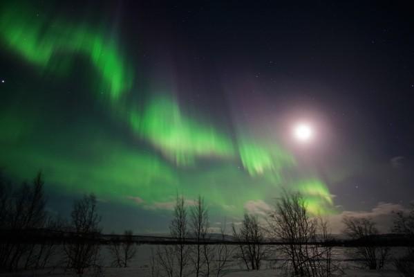 Mondlicht vs. Polarlicht 1